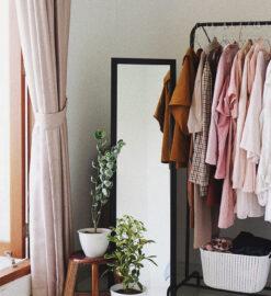 À quoi ressemble un dressing minimaliste ?